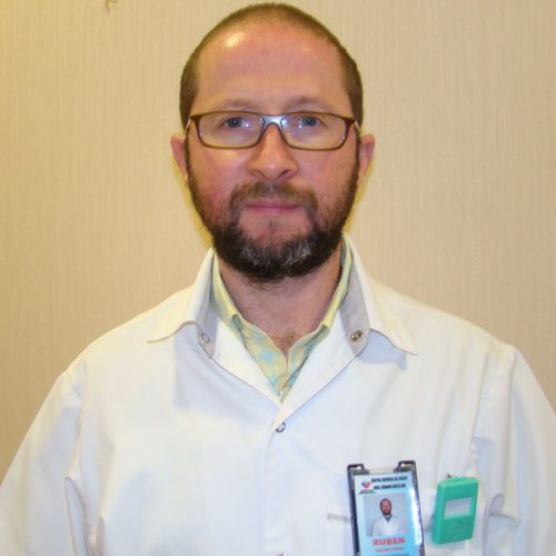 Dr. Rubén Castro